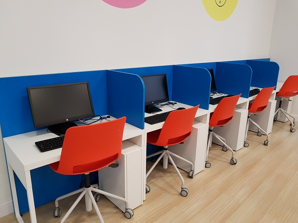 bàn ghế phòng làm việc